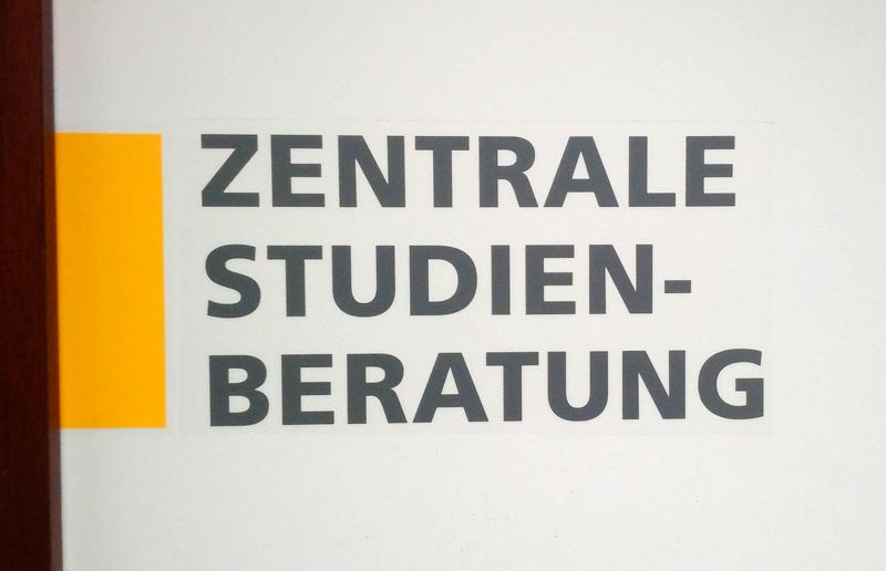 Zentrale Studienberatung - Beratung zu Orientierungs- und Entscheidungsfragen vor uns während des Studiums