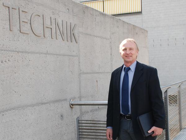 Studiengang Maschinenbau Produktentwicklung - Studiengangleiter Prof. Dr.-Ing. Gerhard Frey