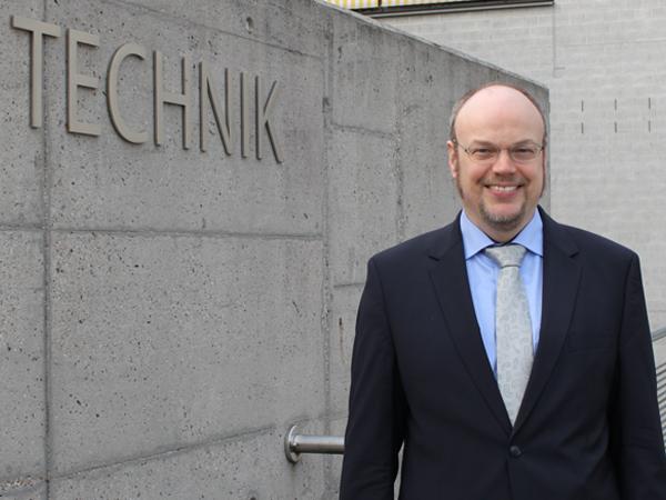Studiengang Elektrotechnik/Informationstechnik - Studiengangleiter Prof. Dr.-Ing. Frank Niemann
