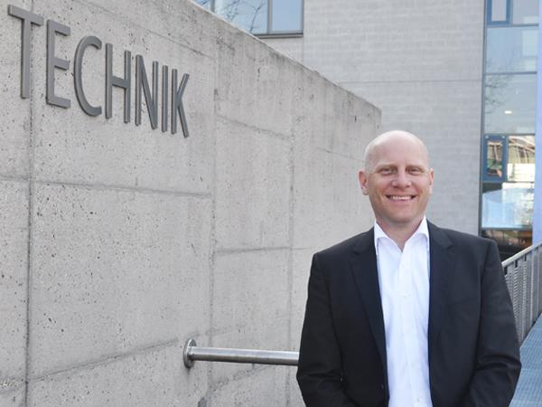 Studiengang Wirtschaftsingenieurwesen International Double Degree - Studiengangleiter Prof. Dr.-Ing. Henning Hinderer