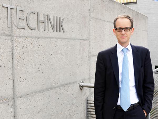 Studiengang Wirtschaftsingenieurwesen Engineering and Management - Studiengangleiter Prof. Dr. Ansgar Kühn